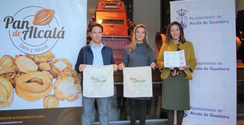 Alcalá de Guadaíra recupera las talegas para llevar el pan y promocionar la panadería de la localidad