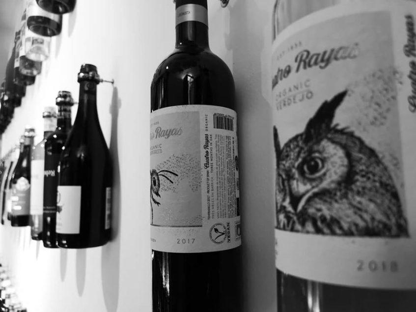 Los vinos ecológicos de De Sur a Norte no se encuentran en grandes superficies. Foto cedida por el establecimiento.