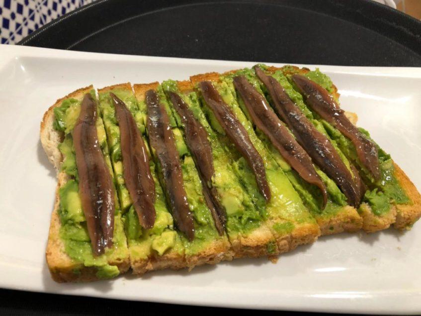 Las tostas, una de las especialidades del Mesón Campeones. Foto: CosasDeComé.