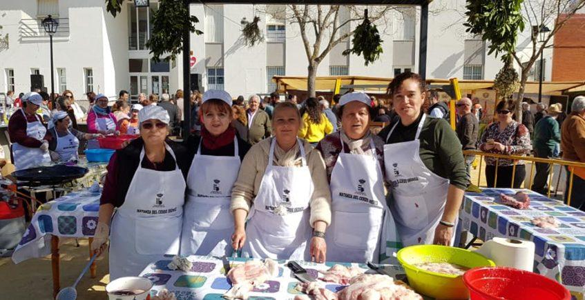 Pruna vuelve a homenajear a su tradicional matanza del cerdo ibérico con un fin de semana gastronómico