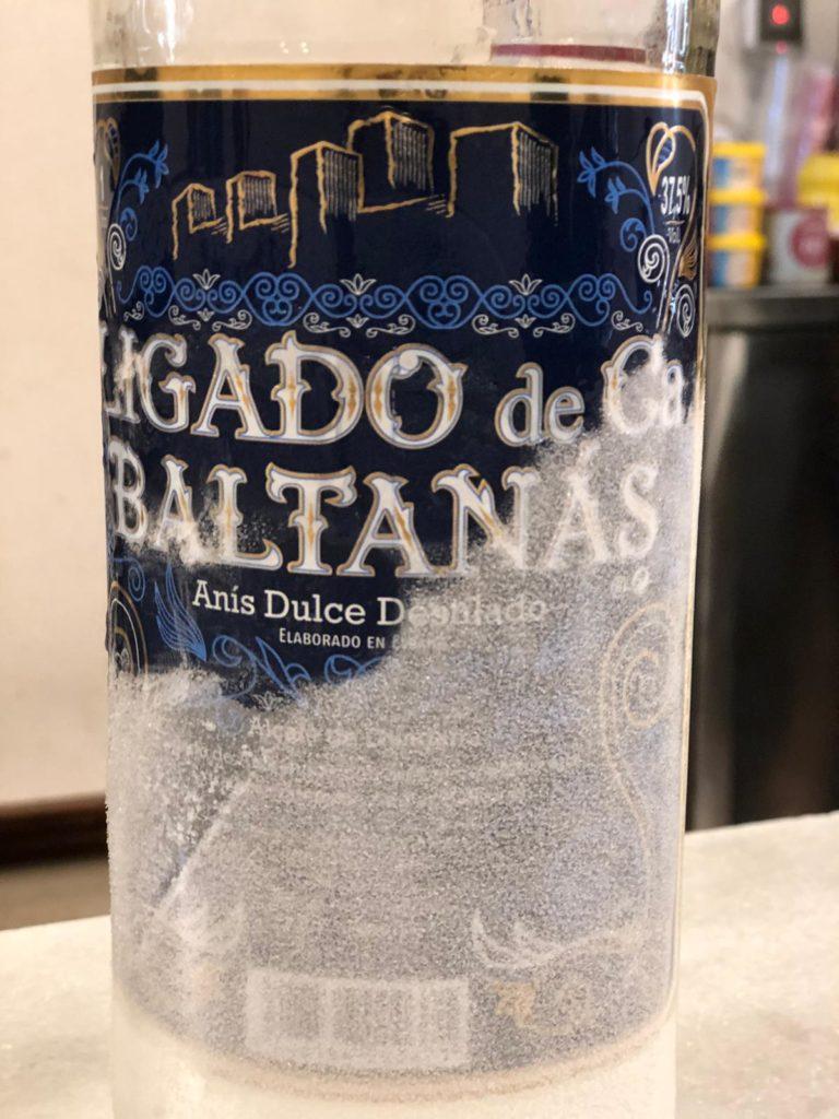 Comercializado con 'Ligado de Baltanás', este anís se sirve muy frío. Foto: CosasDeComé.
