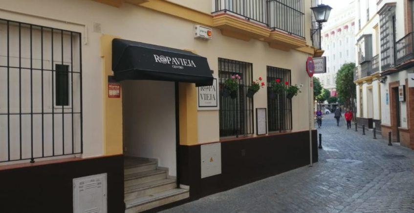 Ropavieja estrena su 'versión mejorada' en el centro de Sevilla
