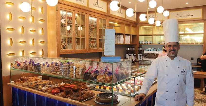 Manu Jara abre su nueva dulcería en el centro de Sevilla