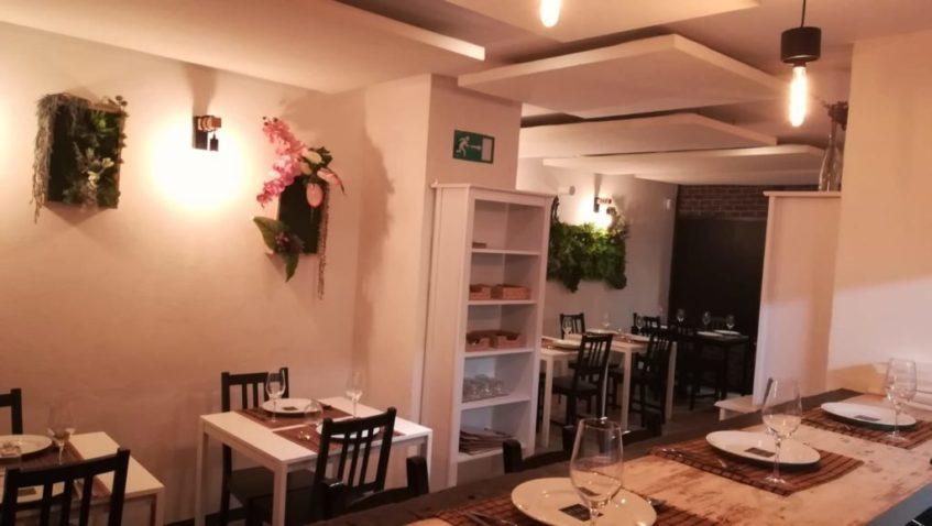 La decoración del local resulta sencilla y acogedora. Foto cedida por el establecimiento.