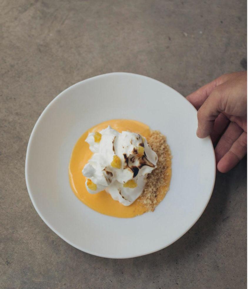 Meridional homenajea al sabor de la típica naranja sevillana con este postre. Foto cedida por el establecimiento.