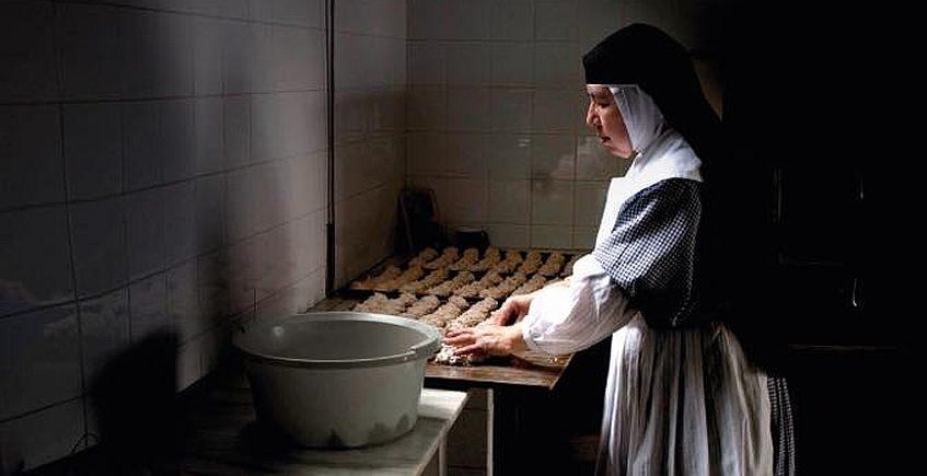 Los conventos de clausura se reinventan para salvar la Navidad