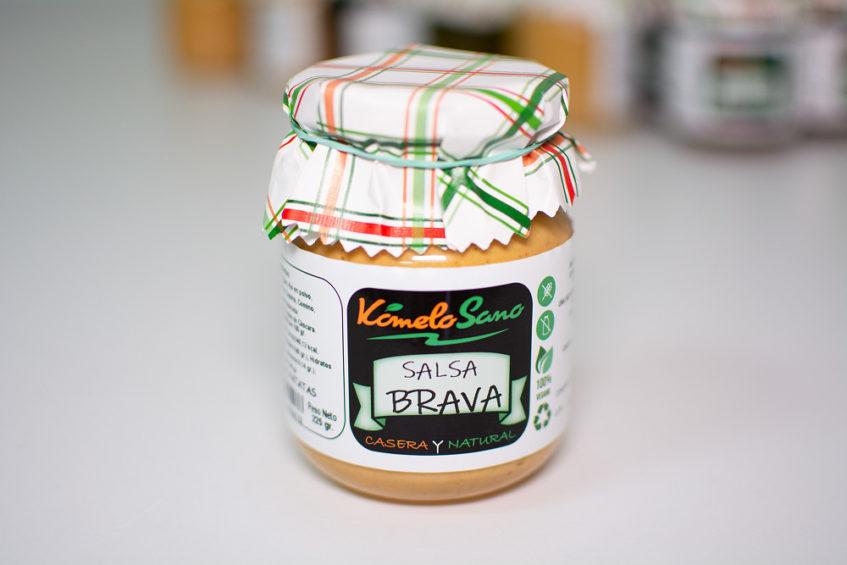 El último lanzamiento de Kómelo Sano, la famosa salsa brava de las Bambalina. Foto cedida por Kómelo Sano