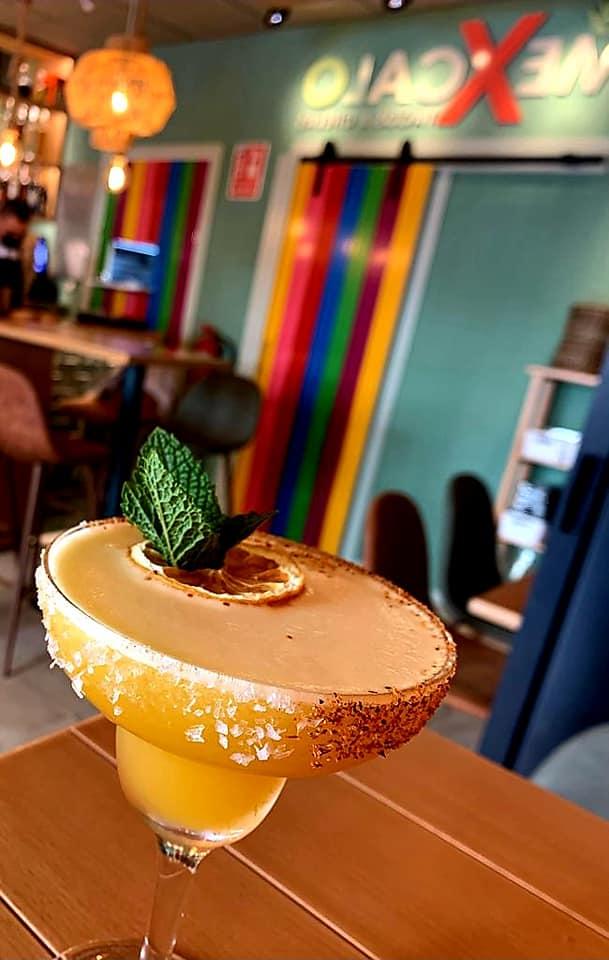 Cuenta con una amplia selección de bebidas típicas del país. Foto cedida por Mexcalo