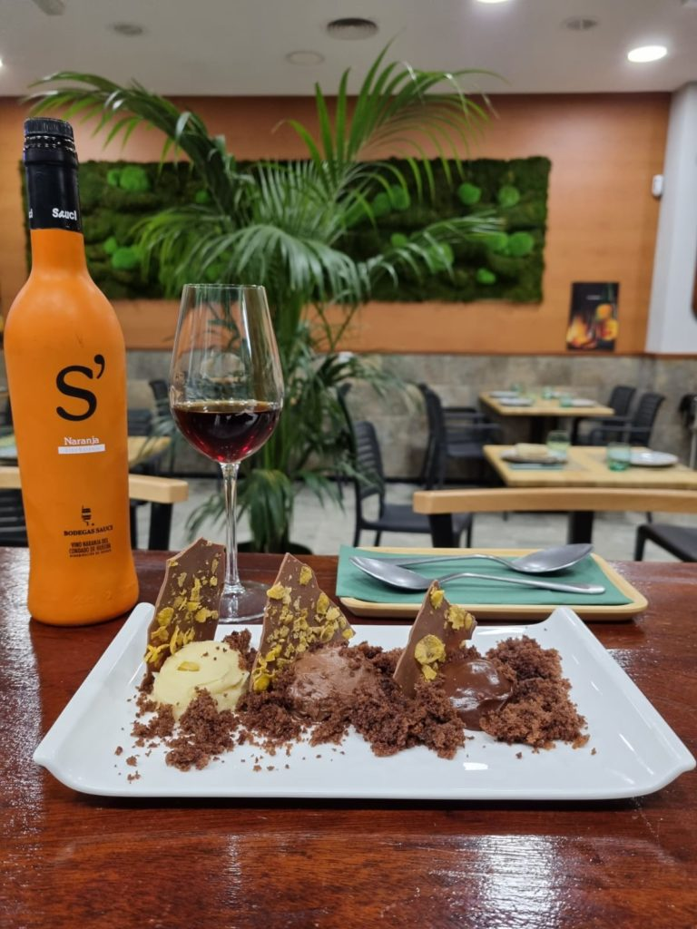 Los postres son una de las especialidades de Manuela Álvarez, cocinera asturiana del establecimiento. Foto cedida por Bodegón Asturiano