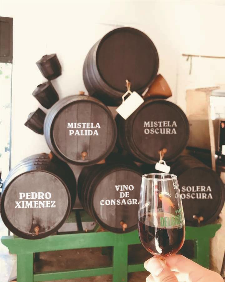 Taberna Boudicca mantiene los barriles y botas de vino que dieron fama en su día a la Botita. Foto cedida por el establecimiento