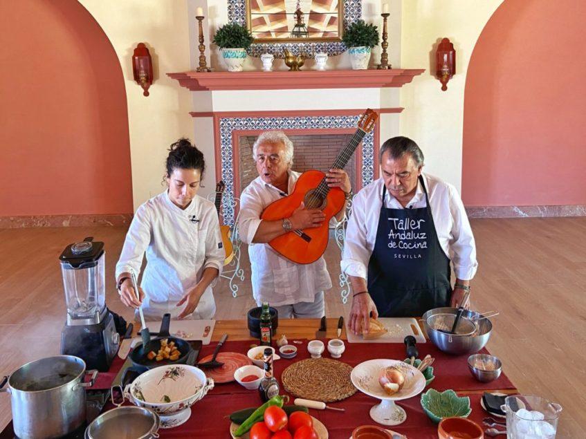 Grabación de un taller de cocina para conmemorar los 25 años de la canción 'Macarena' de los del Río. Foto cedida por Taller Andaluz de Cocina