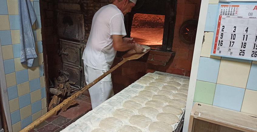 Metiendo pan