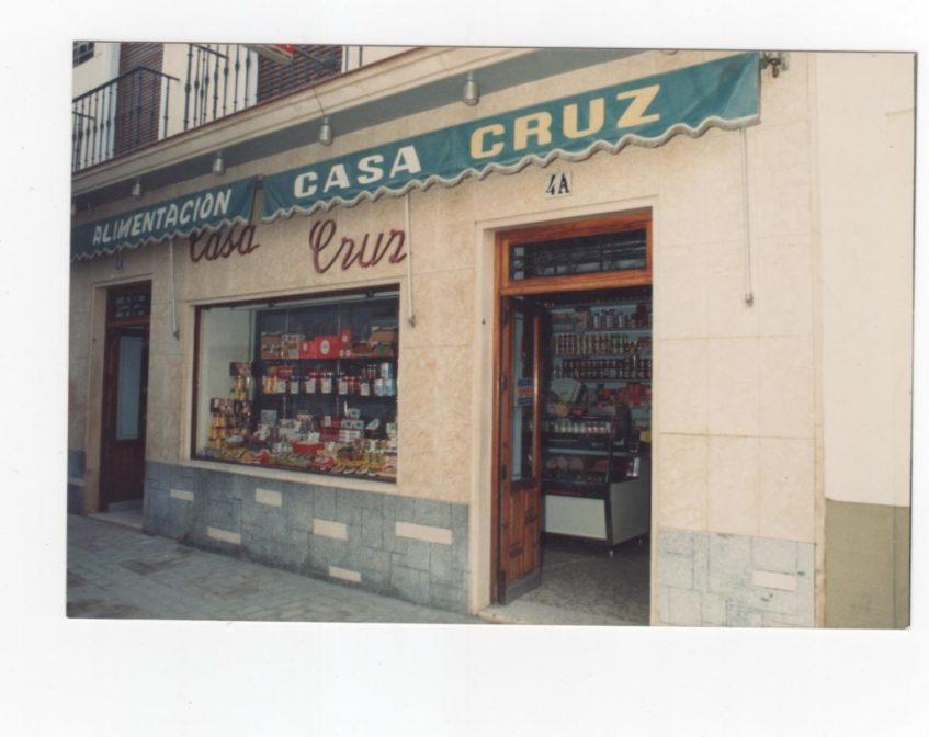 El ultramarino de los Cruz se fundó en 1911 aunque la famosa manteca nació en los años 50. Foto cedida por Manteca Casa Cruz