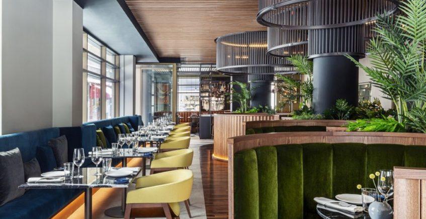 El restaurante de Eneko Atxa abre sus puertas en la Magdalena