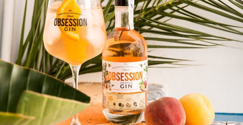 Obsession Orange, la ginebra sevillana con base de melocotón y fruta de la pasión