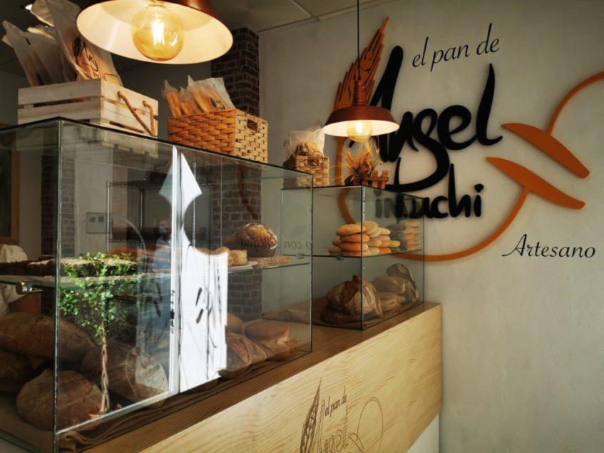 El espacio oferta la misma variedad de panes y bollería artesana que la otra panadería de Puchi. Foto cedida por el establecimiento